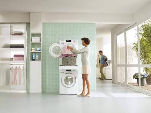Accesorii pentru maşini de spălat, uscătoare şi sisteme de călcat Kit de supraetajare WTV 512