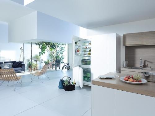 Combine frigorifice Combina frigorifica incorporata KFN 37682 iD